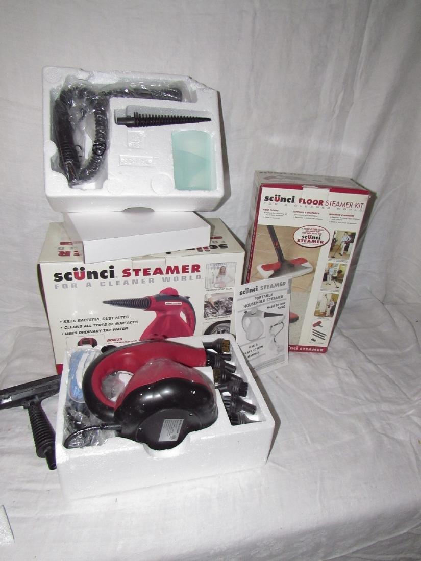 Scunci Steamer w/ Floor Steamer Kit