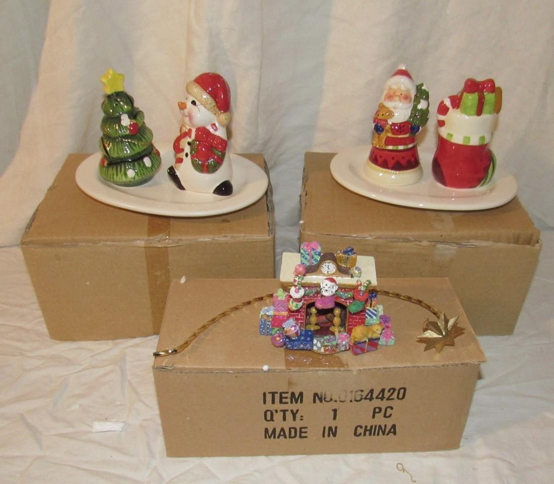 Christmas Salt & Peppers with Figurine