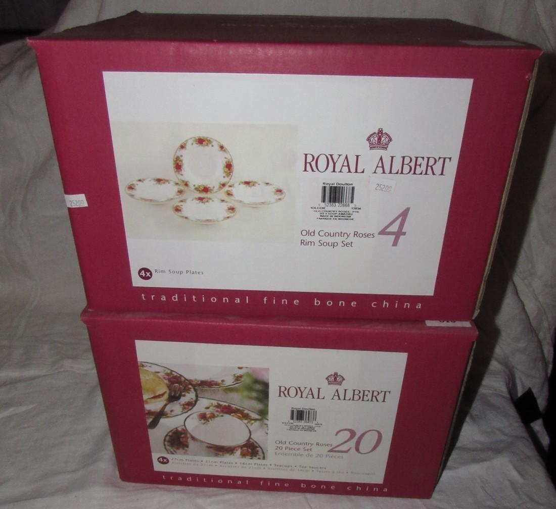 Royal Albert Old Country Roses 20 pc Set & Rim Soup