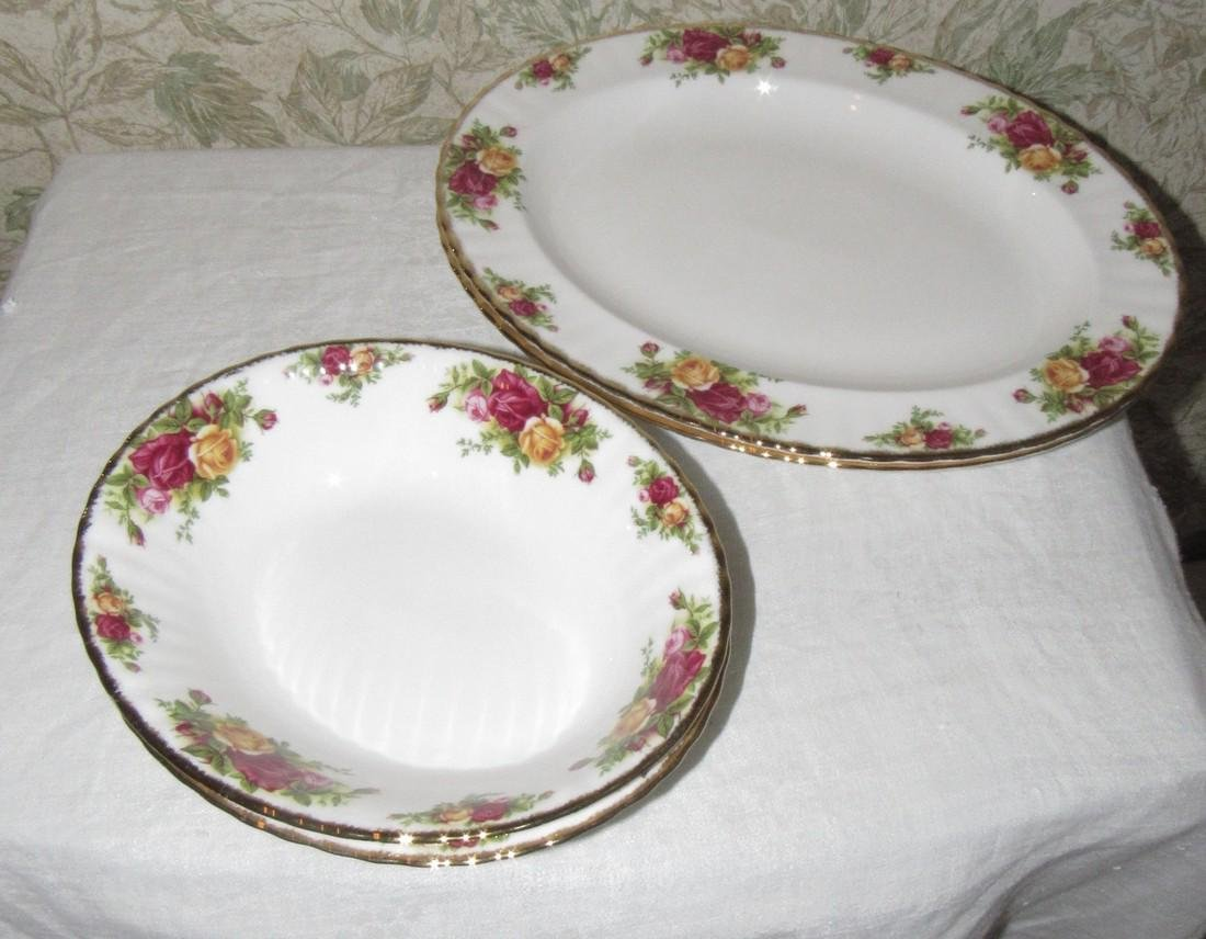 Royal Albert Old Country Roses Baker & Oval Dishes