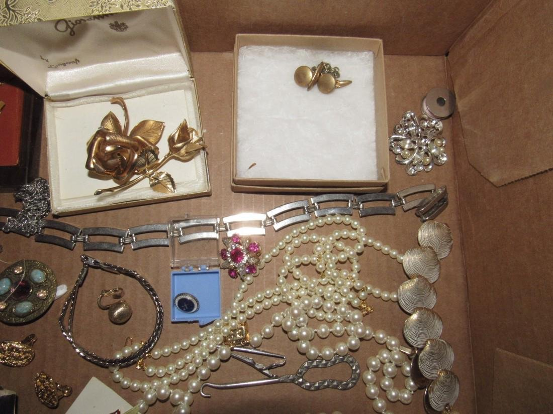 Lot of Vintage Jewelry Brooches Bracelets - 3