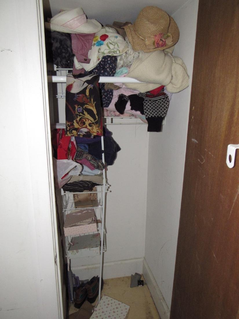 Clothing Contents Lot