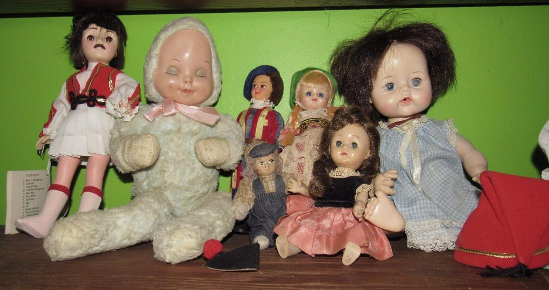 Lot of Antique & Vintage Dolls - 2