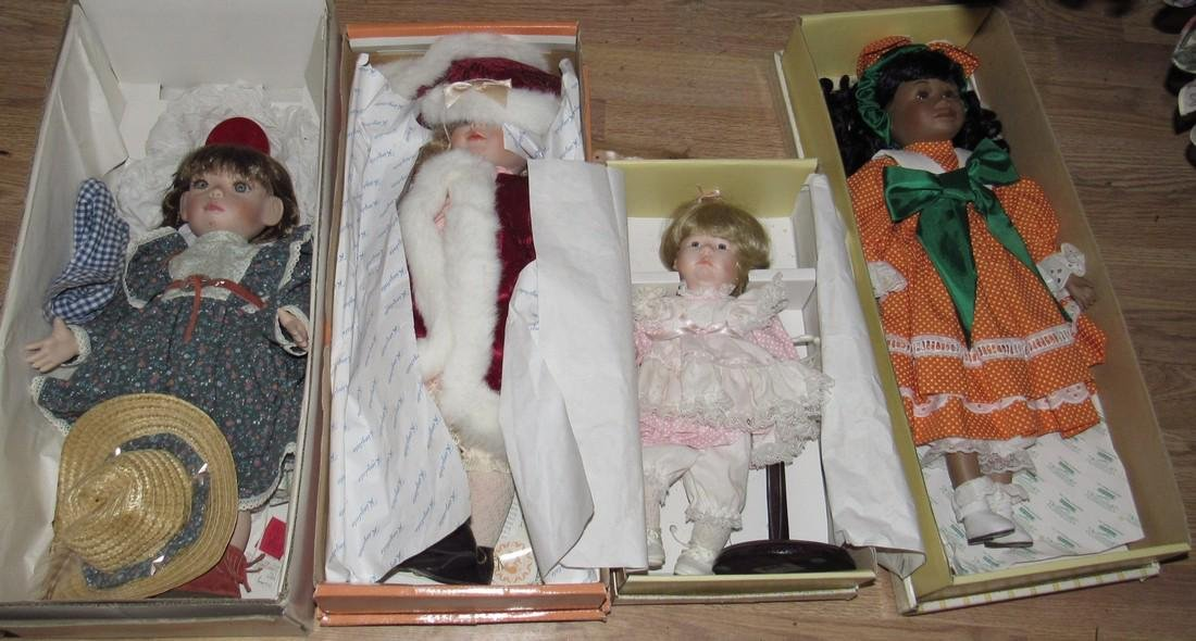 4 Dolls
