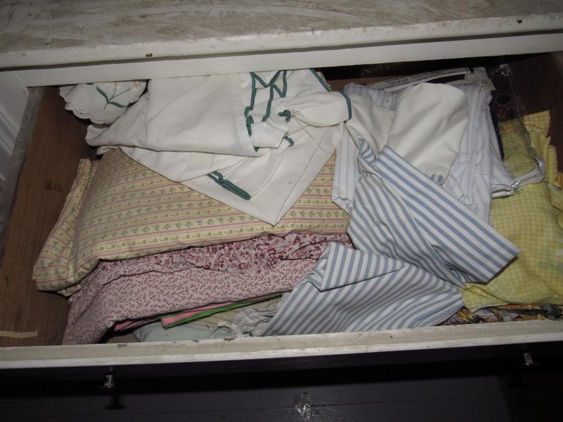 3 Drawers Blankets Sheets & Misc