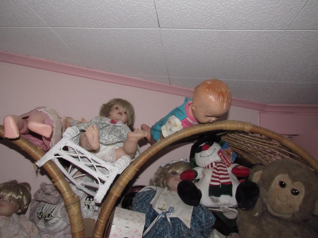 Large Lot of Dolls Stuffed Animals & Wicker Shelves - 8