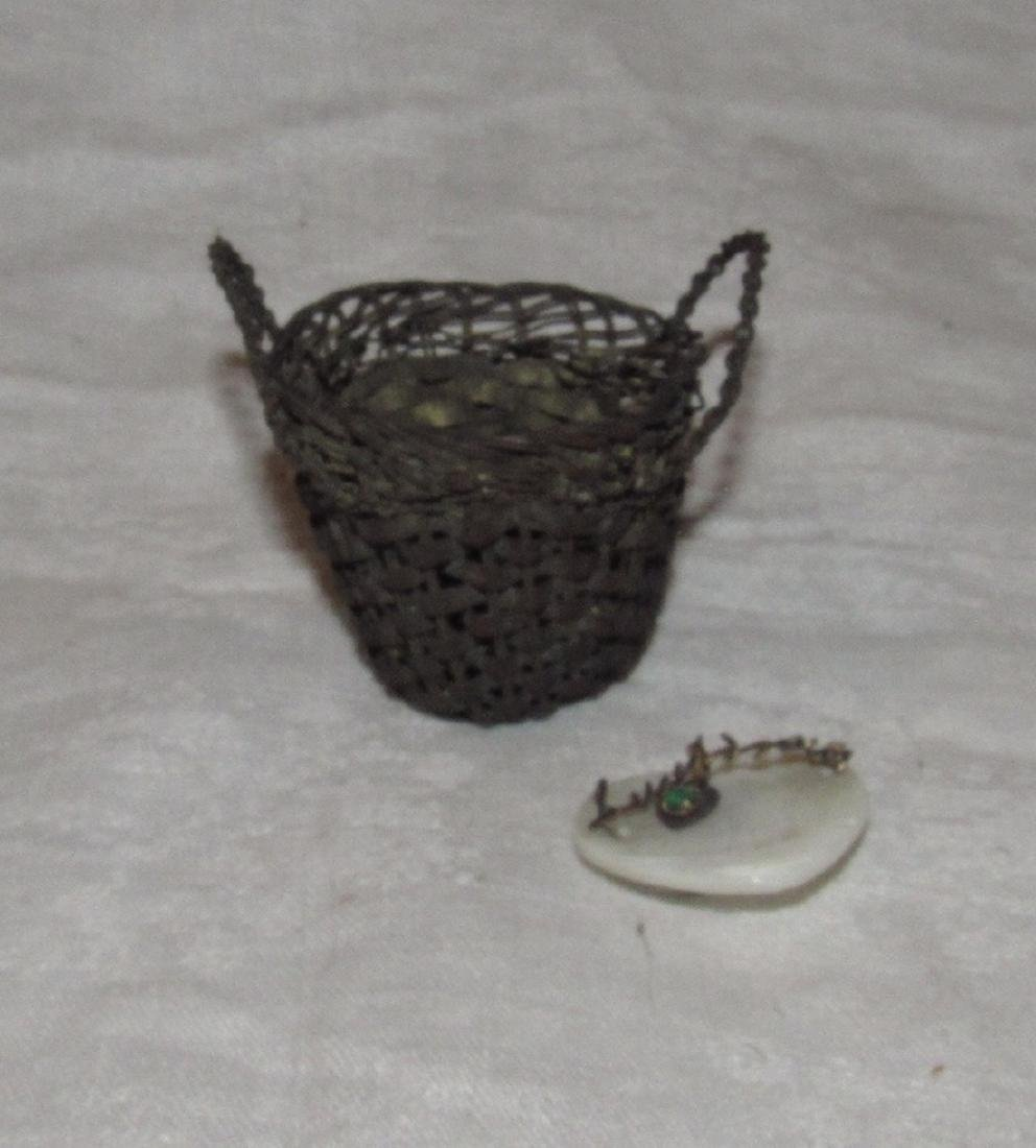 Small Brass Basket & Sweetheart Pin