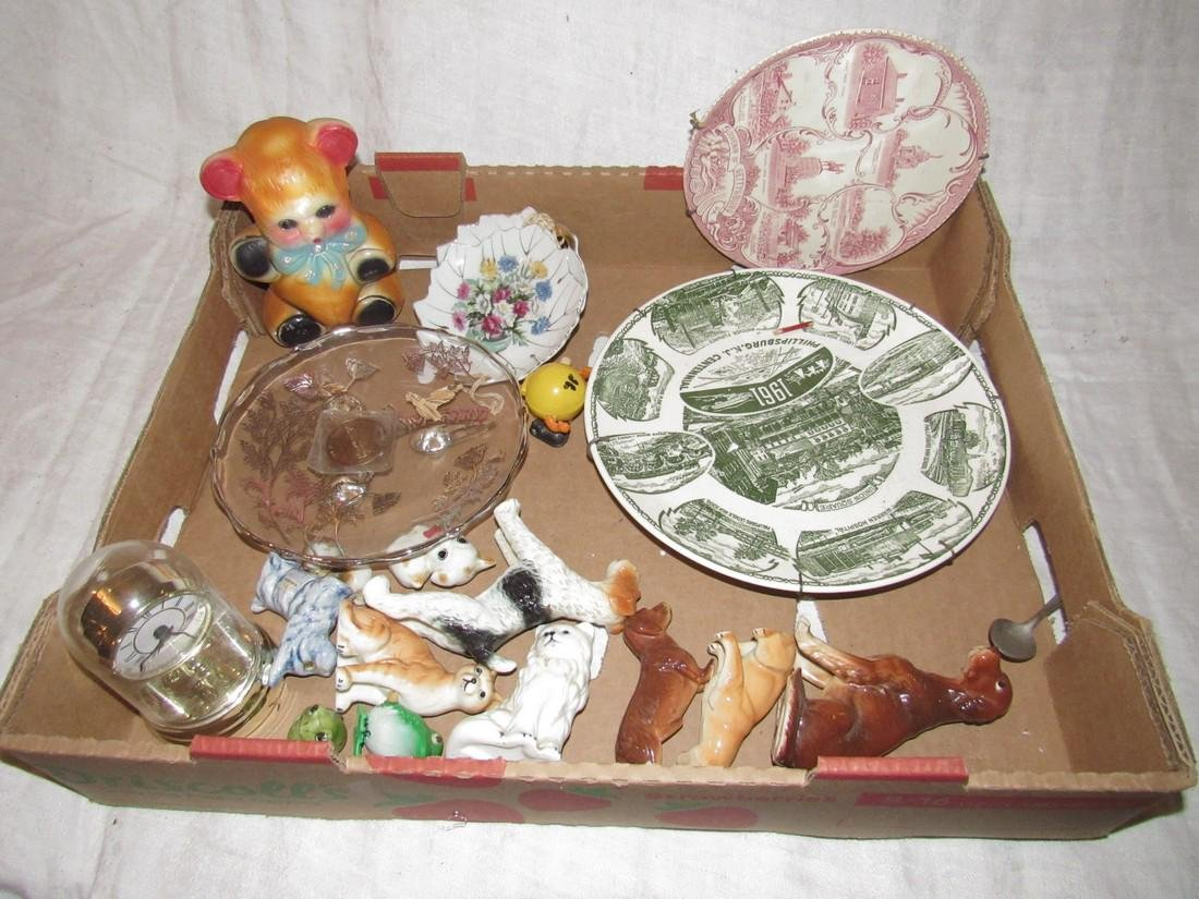 Plaster Bear Animal Knick Knacks Collector Plates