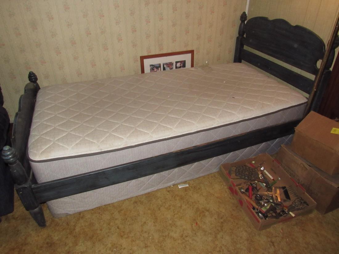 Bed w/ Mattress