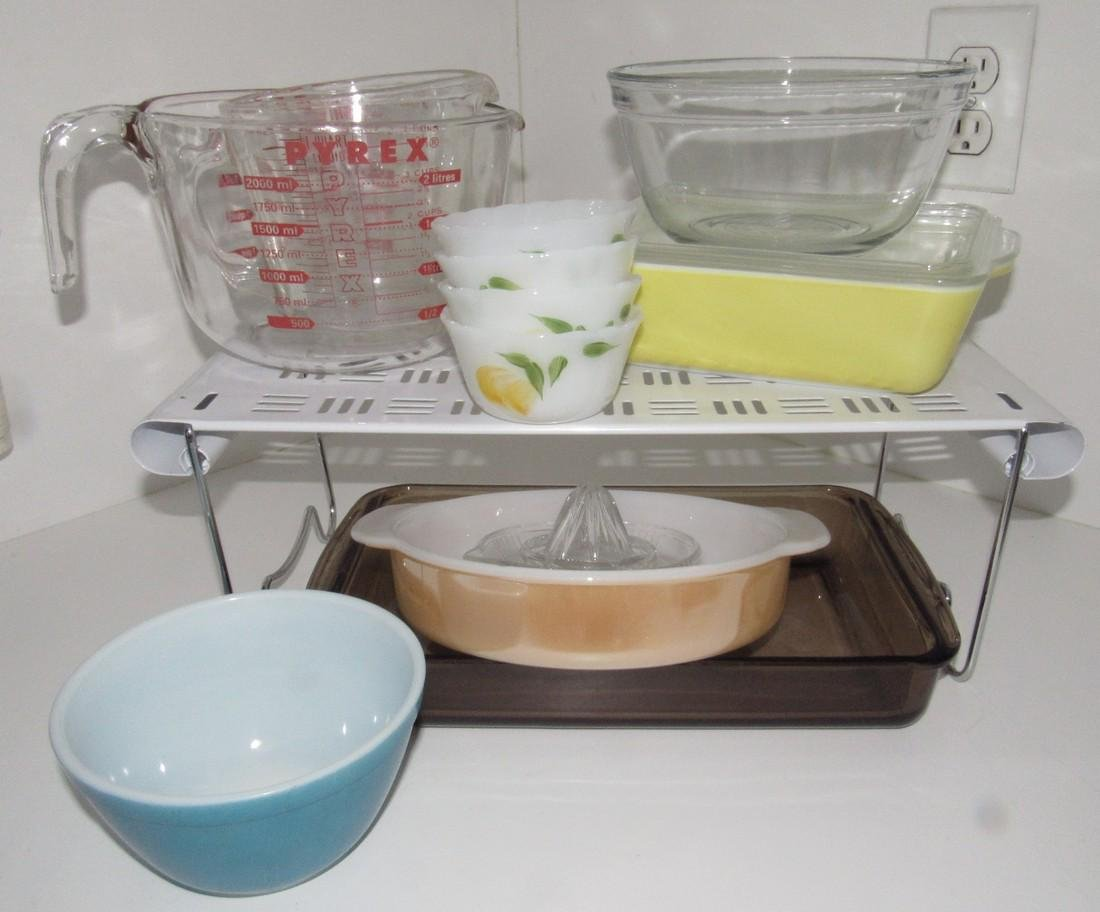 Pyrex Casserole Mixing Bowl Fire King Custard Cups