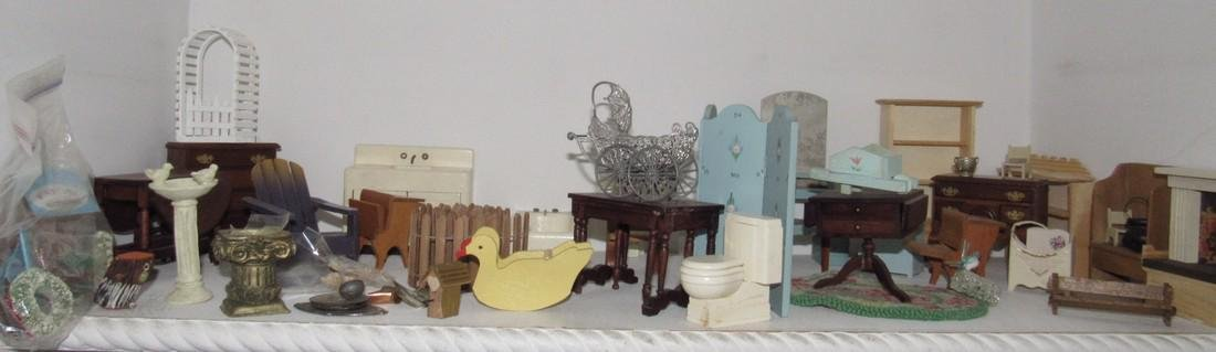Doll House Furniture & Accessories