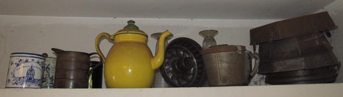 Agateware Teapot Cake Molds & Misc Tinware