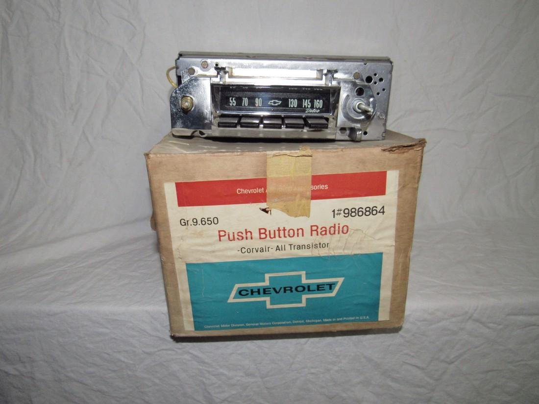 Chevrolet Delco Corvair 1 # 986864 Car Radio