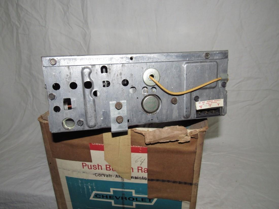Chevrolet Push Button Corvair Radio & Speaker 9868864 - 4