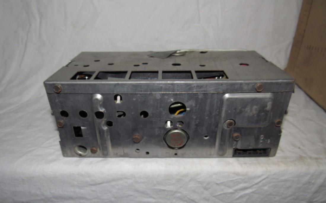 1968 Oldsmobile Transistor Radio 7302013 - 4