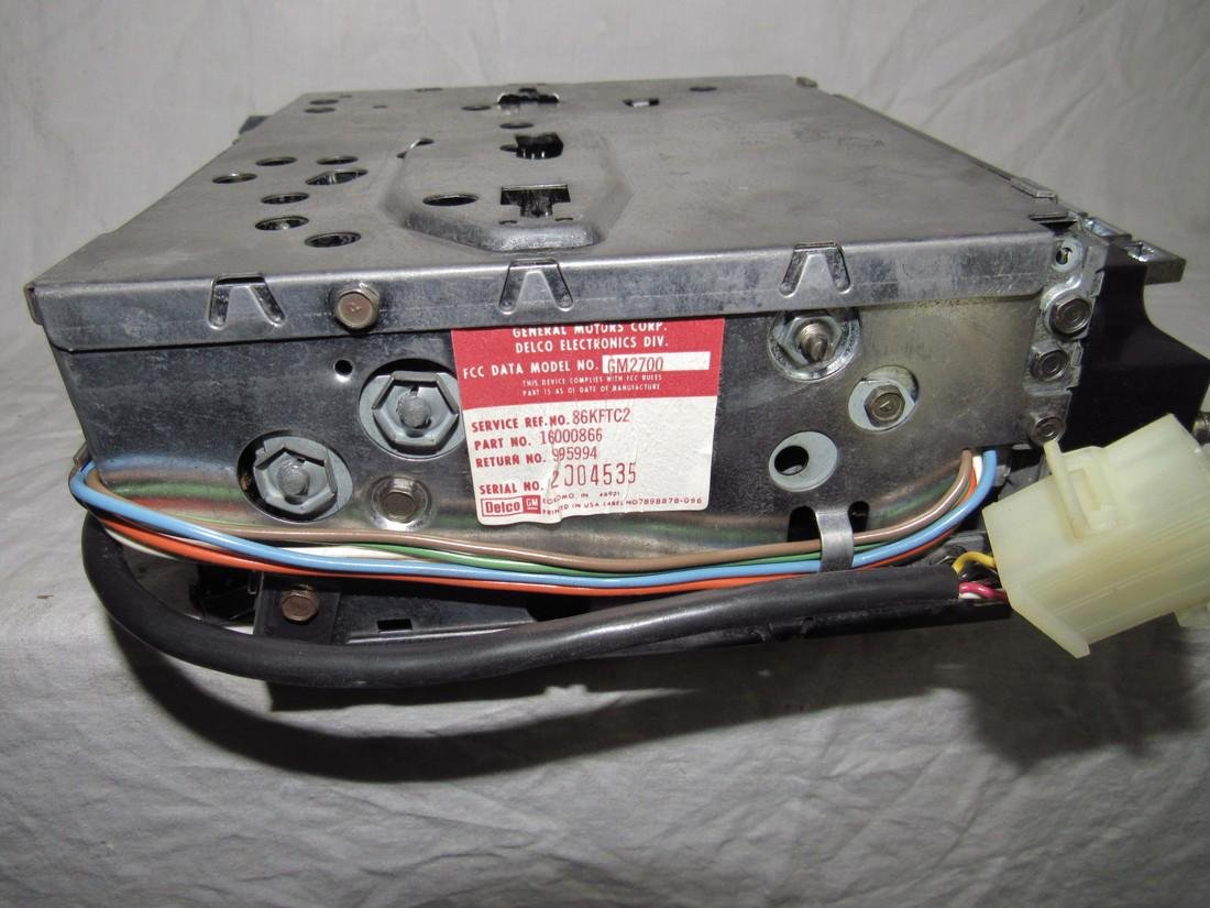 GM2700 Car Radio - 2