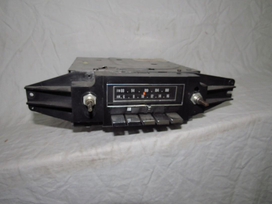 Delco 76CFMT2 Cadillac Car Radio