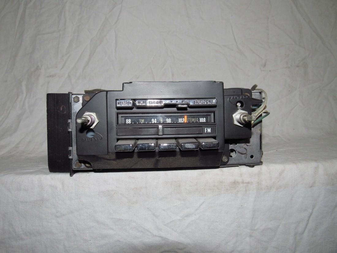 Delco Car Radio