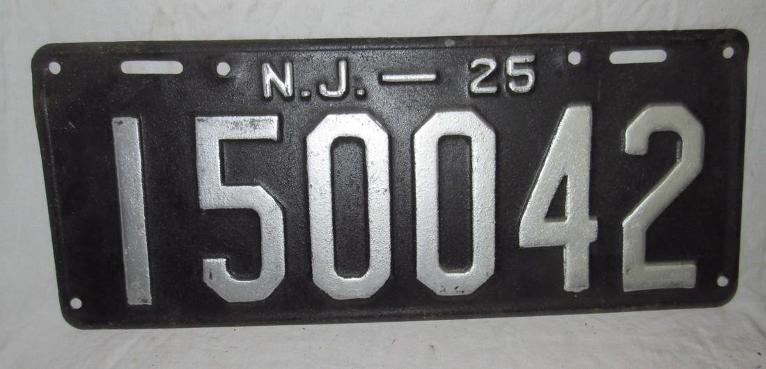 Pair of 1925 NJ License Plates - 2