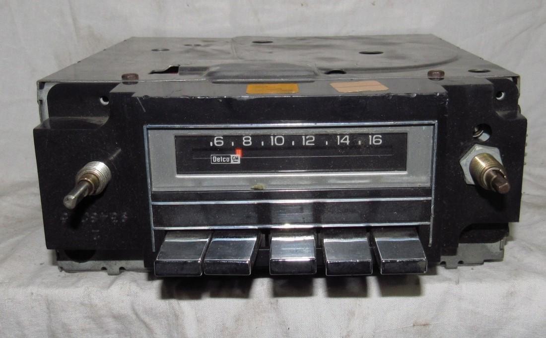 Delco AM Car Radio 60HPBT2