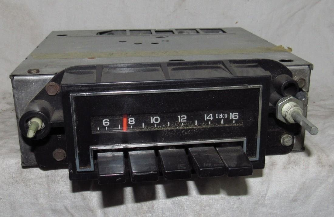 Delco 51APB1 Car Radio