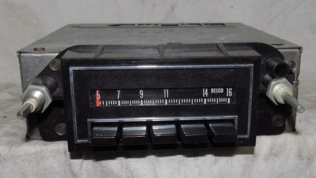 Delco 41APB1 Car Radio