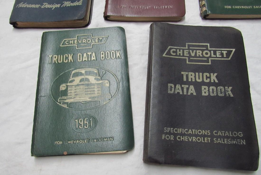 Chevrolet Data Books & Poster - 4