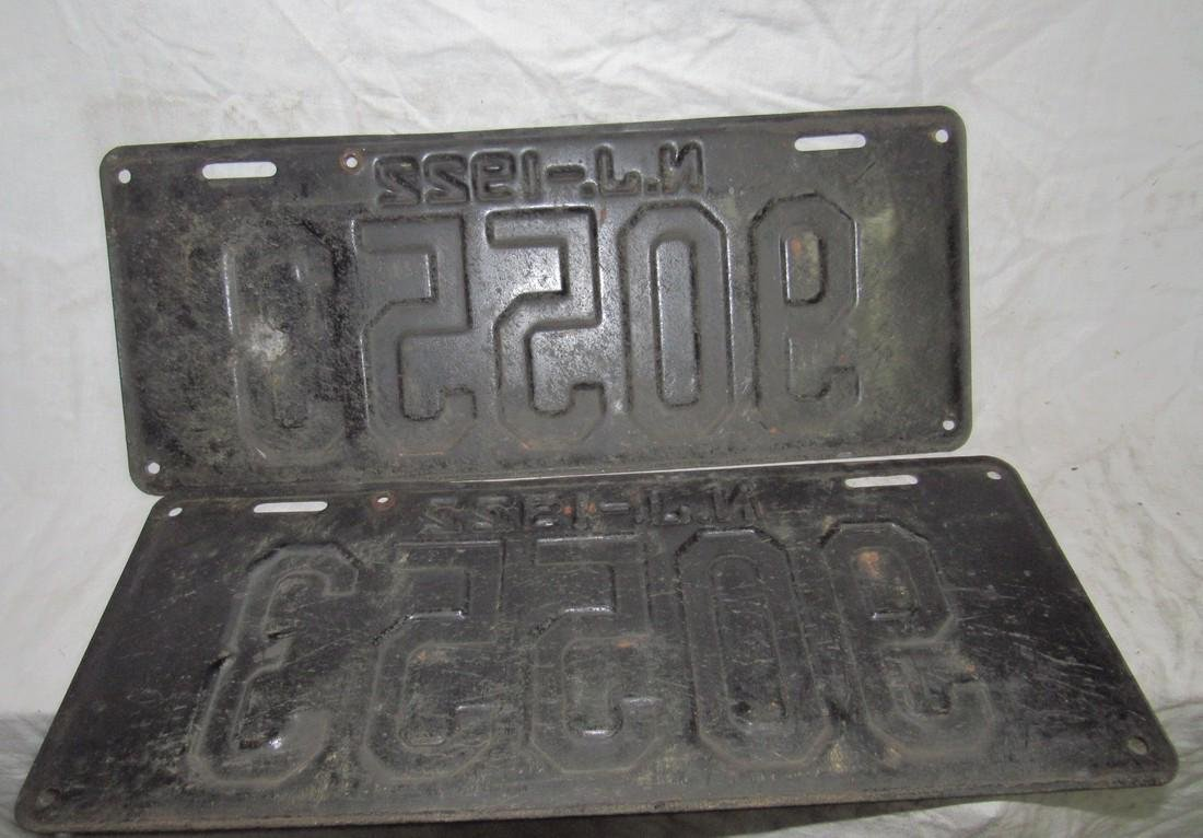 Pair of 1922 NJ License Plates - 2
