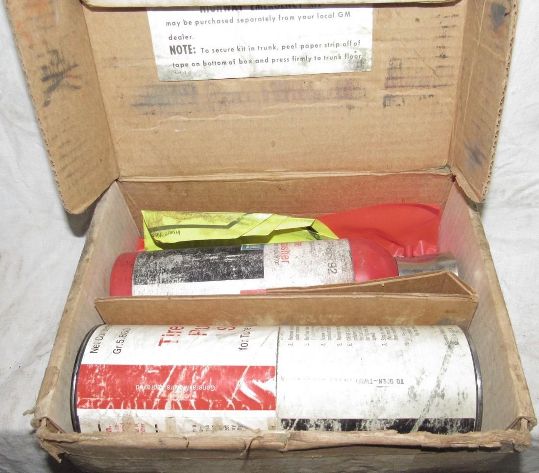 General Motors Highway Emergency Kit - 2