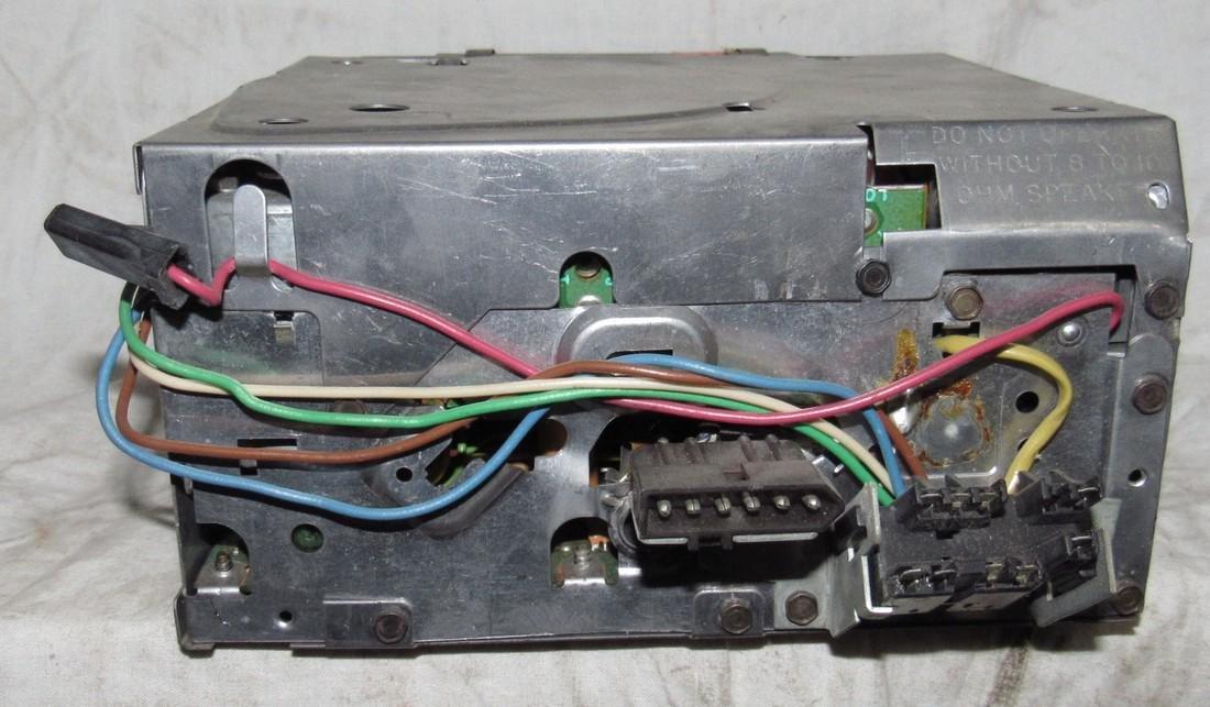 Delco 70AFMT1 Car Radio - 2