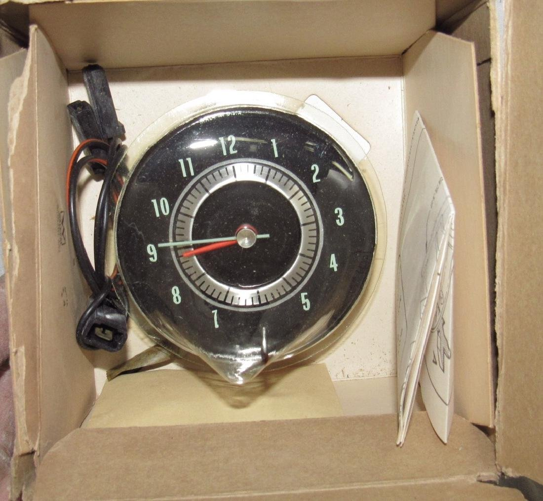 Chevrolet Corvair Passenger Electric Clock - 2