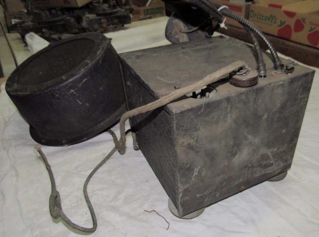 Antique Philco Car Radio & Speaker - 2