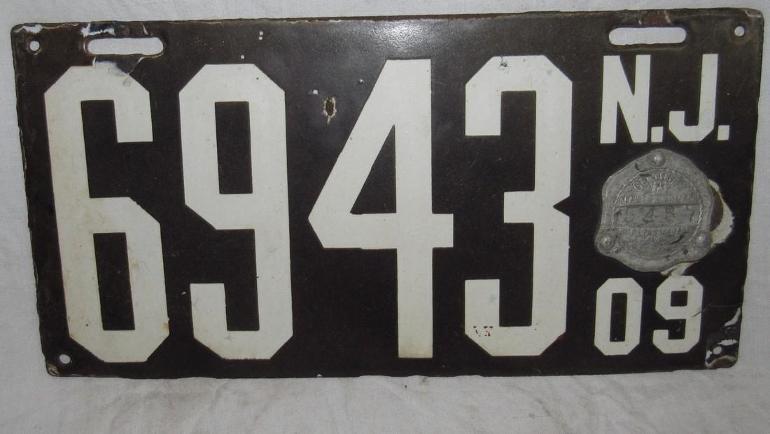 1909 NJ Porcelain License Plate