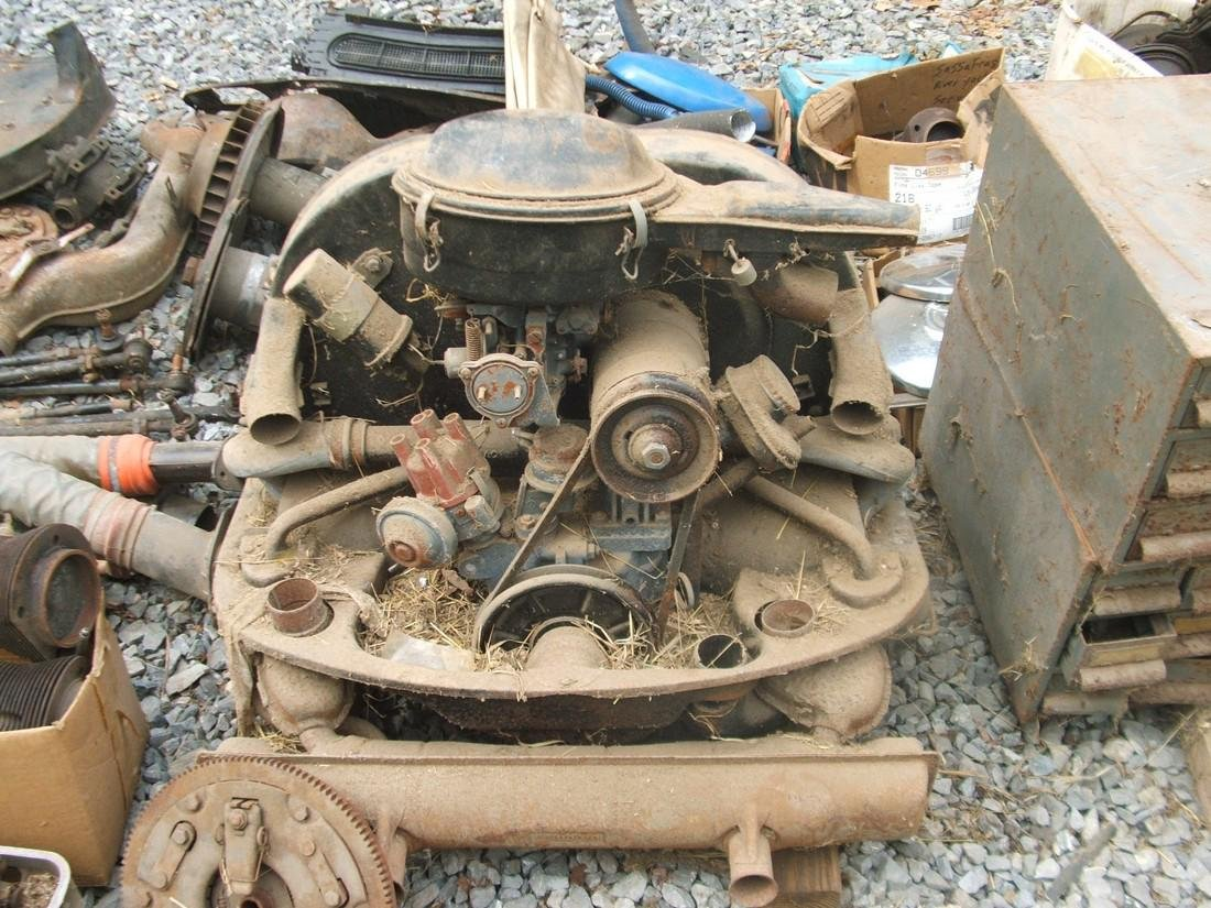 1971 Volkswagen & Tons of Parts - 7