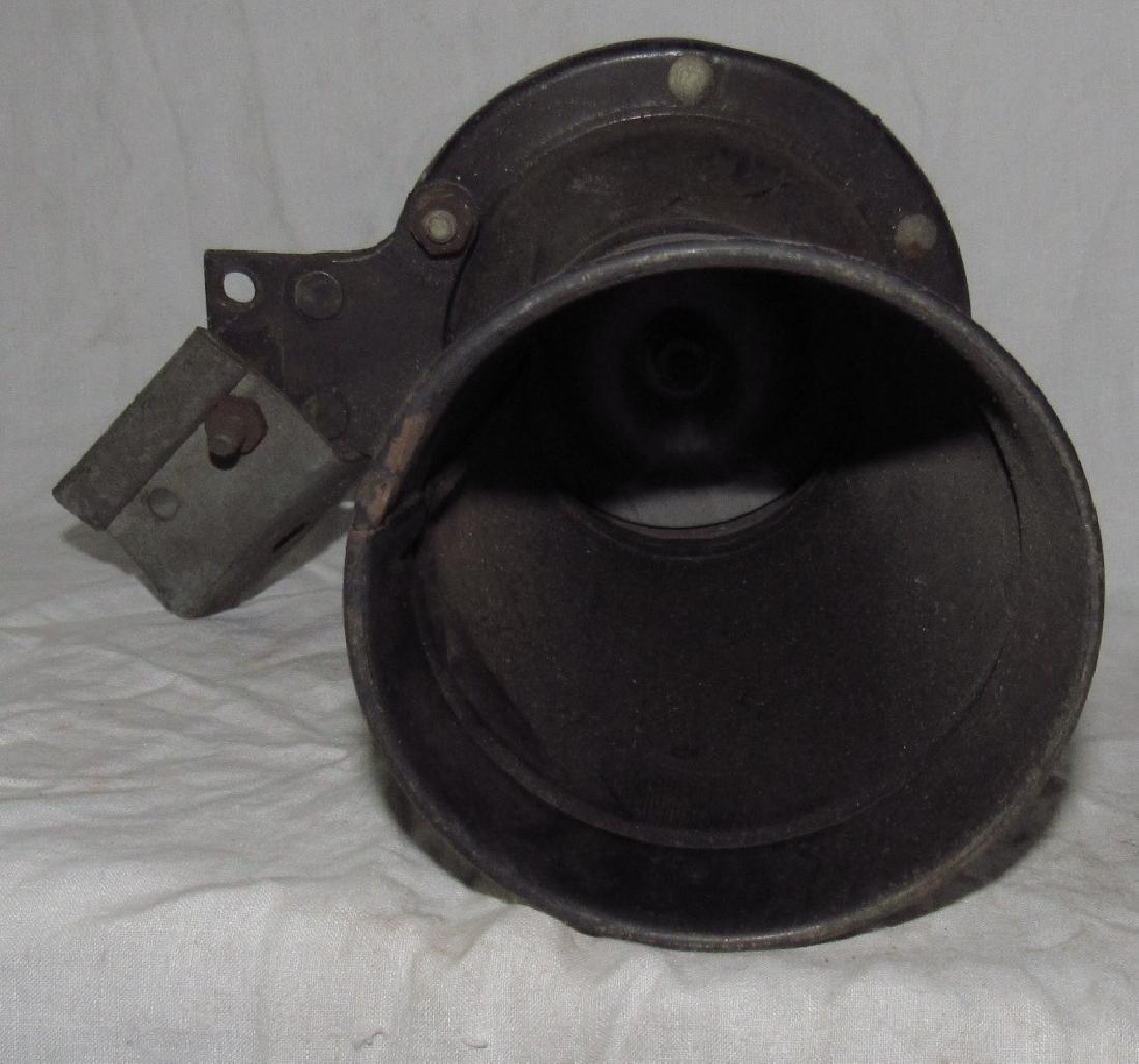Car Horn - 2