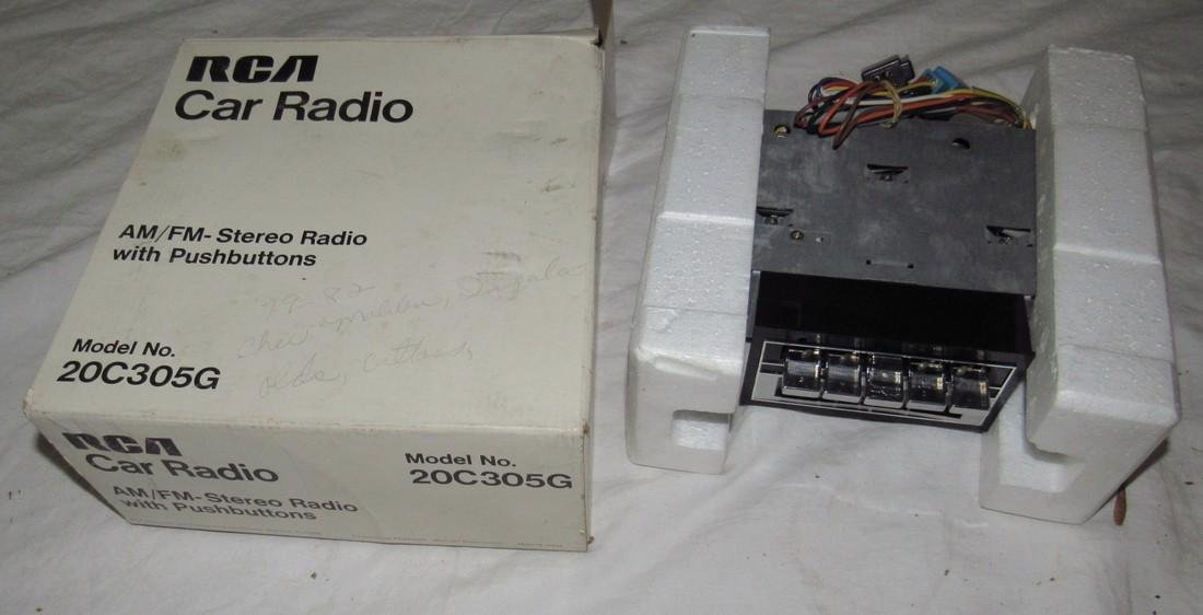 RCA Car Radio Model No. 20C305G