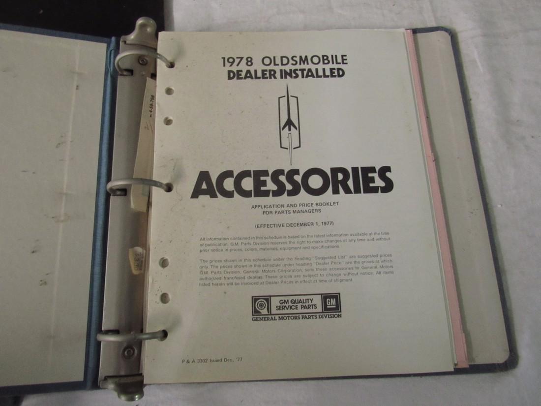 Oldsmobile Dealers Binders - 4