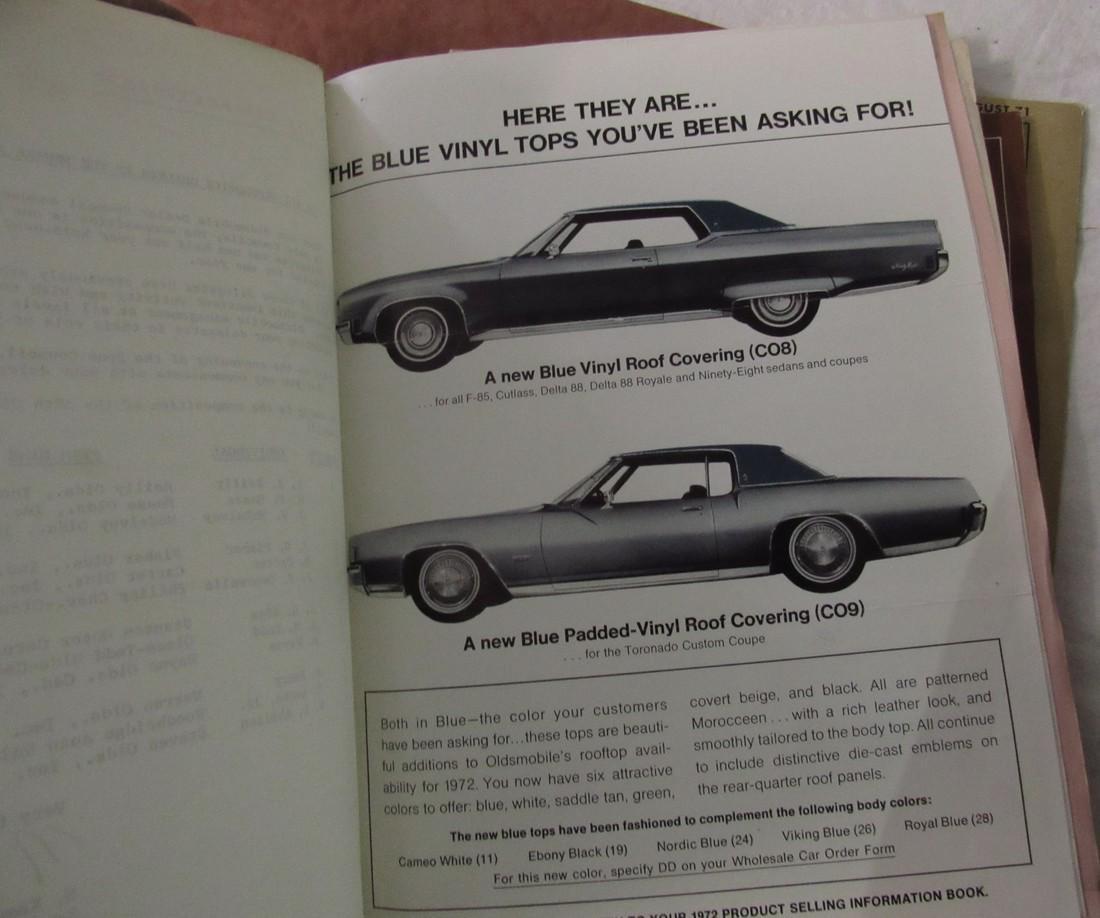 Oldsmobile Dealers Binders - 5
