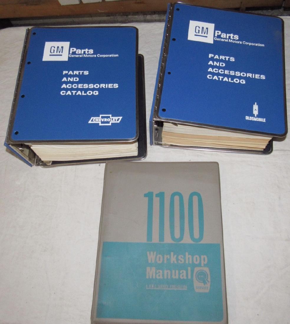 1965 Chevrolet 1976-78 Dealers Catalogs 1100 Manual