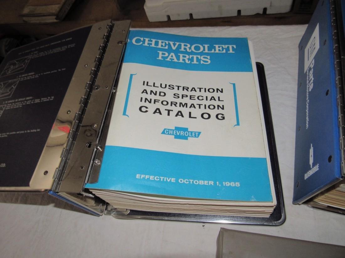 1965 Chevrolet 1976-78 Dealers Catalogs 1100 Manual - 4