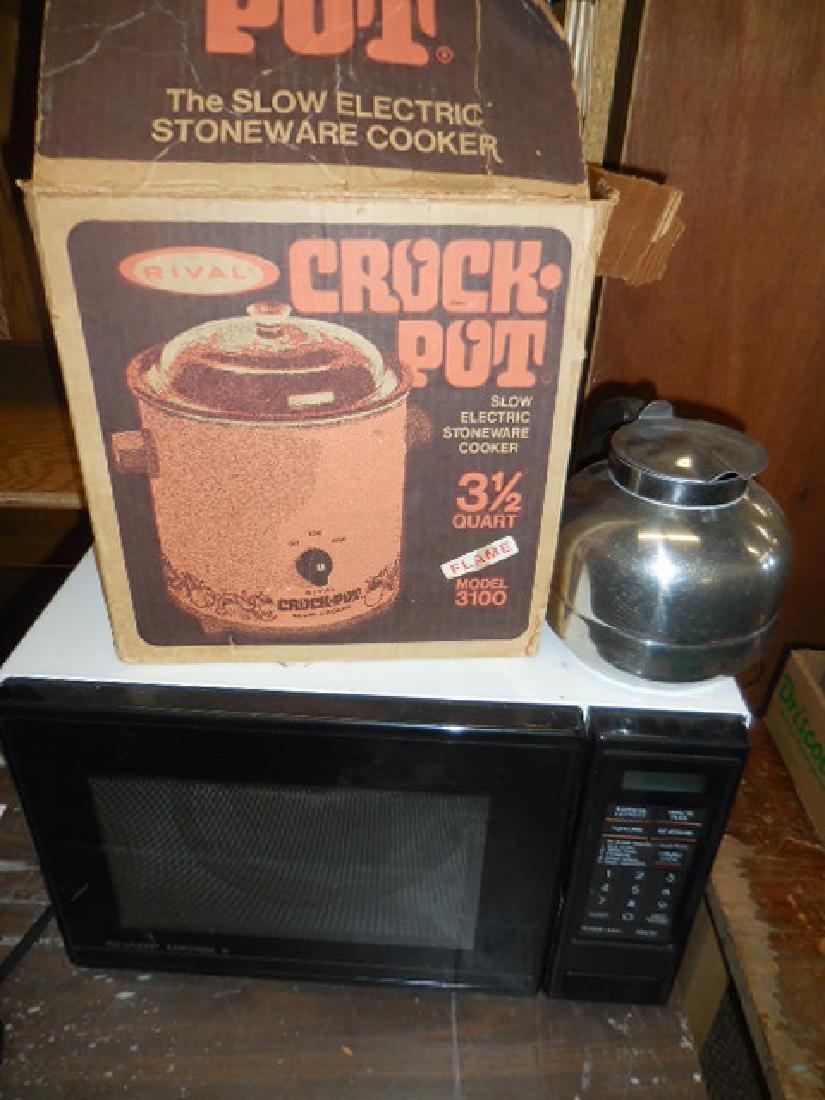 Crock Pot, Microwave