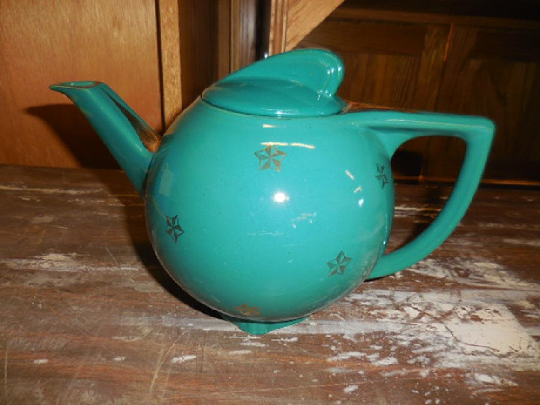 Hall Teapot 0740