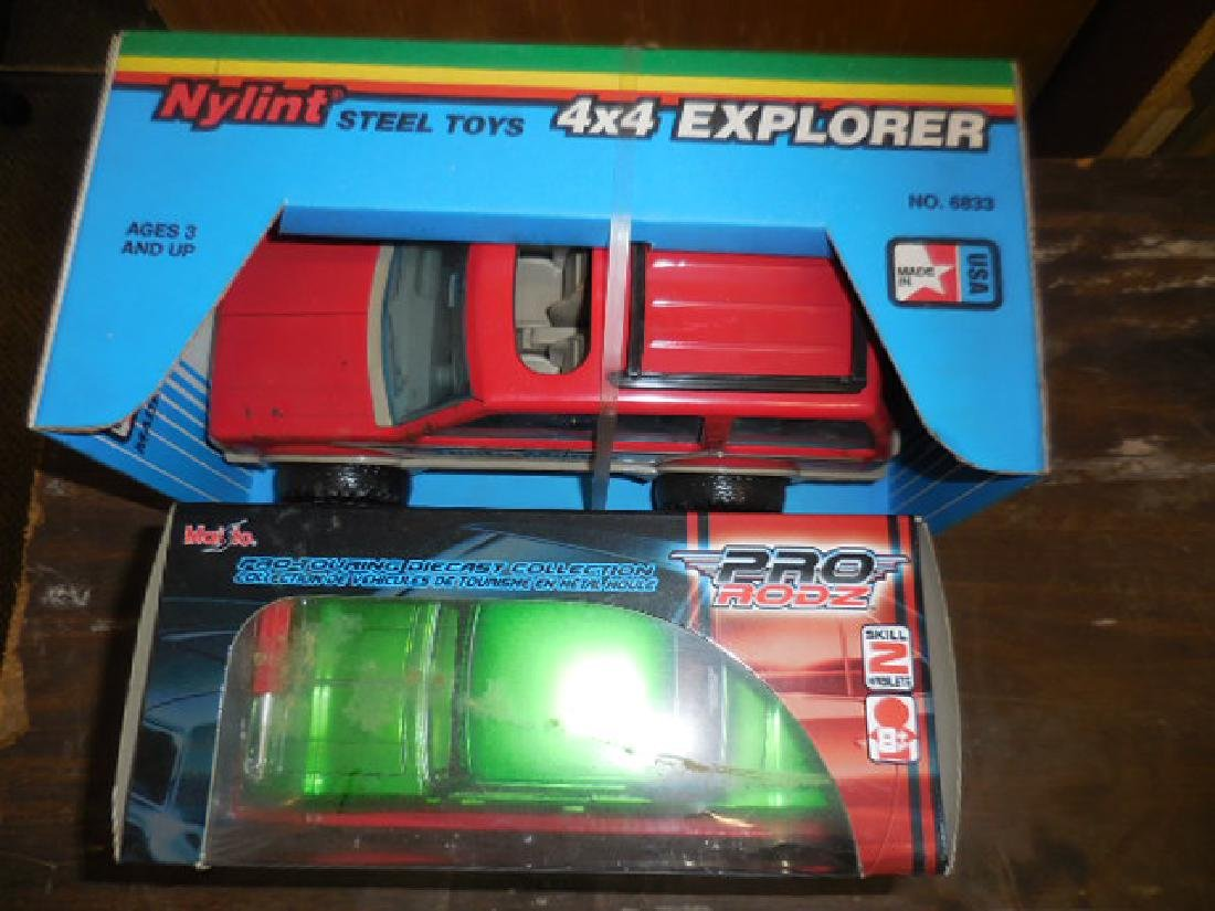 Nylint Toy Explorer - 2