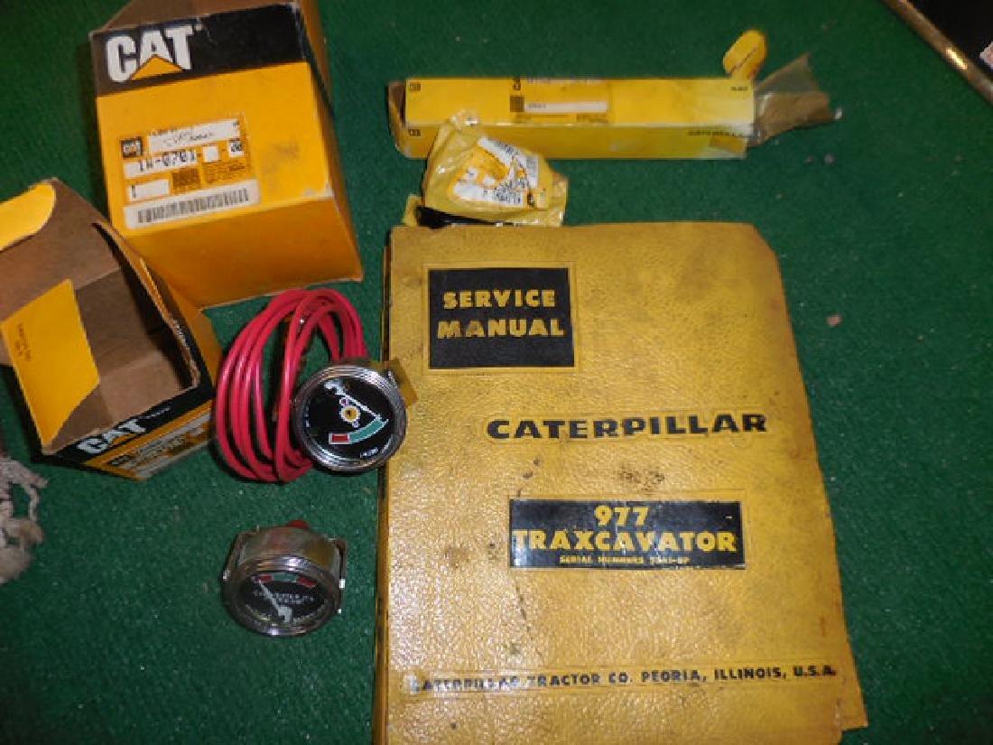 CAT Traxcavator Manual, Parts