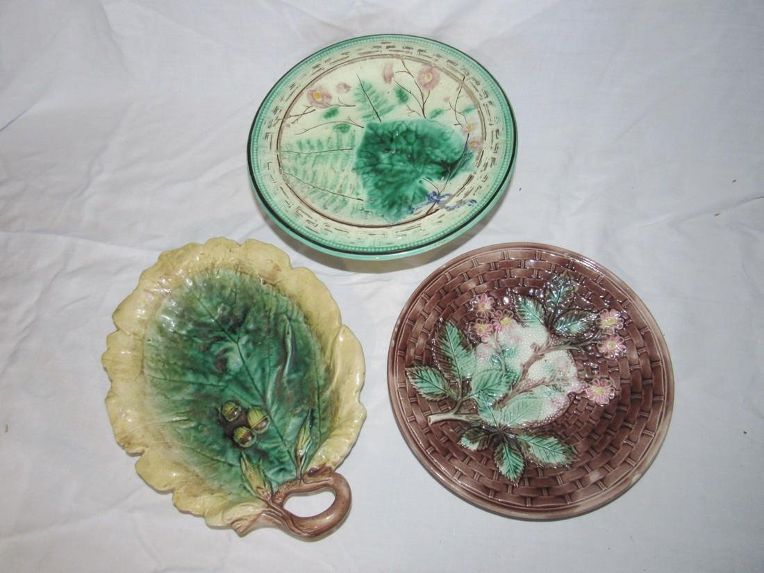 3 Pieces of Damaged Majolica - 2