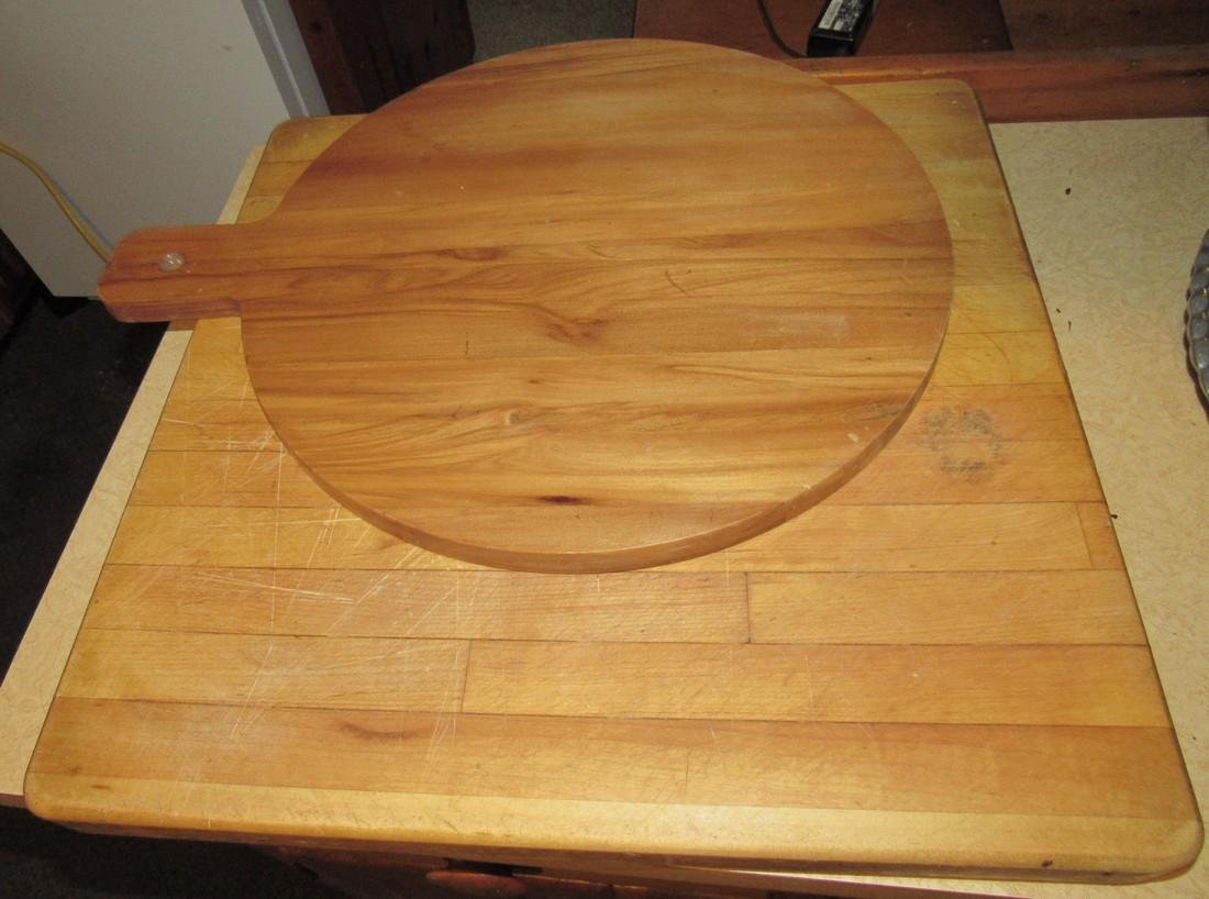 2 Cutting Boards