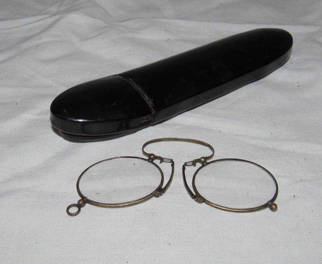 Antique Eyeglasses and Mother of Pearl Case - 3