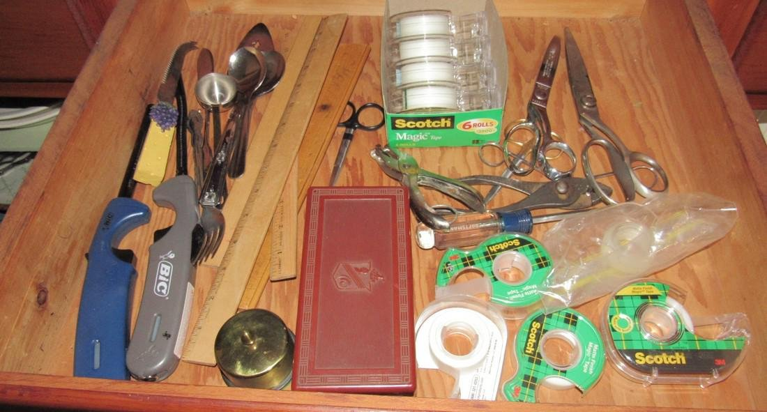 Mikasa Dinnerware & Cabinet Contents - 7