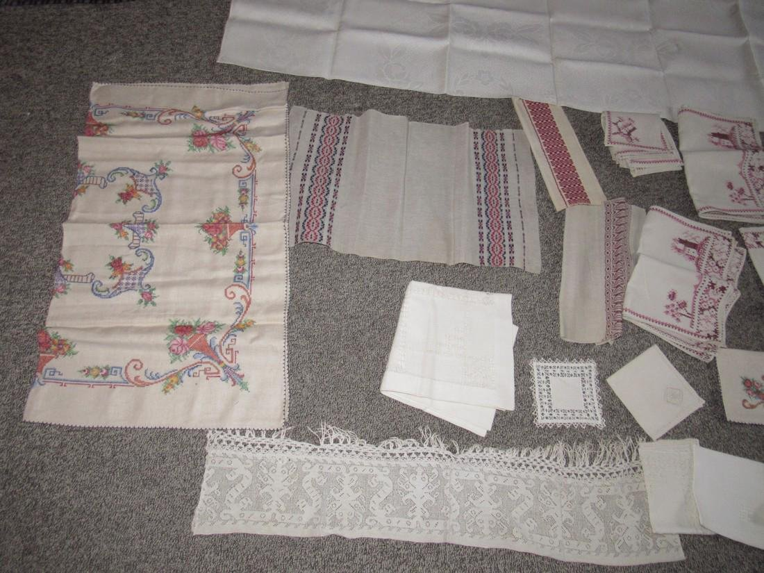 Doilies Table Clothes Runners Napkins Placemats - 5