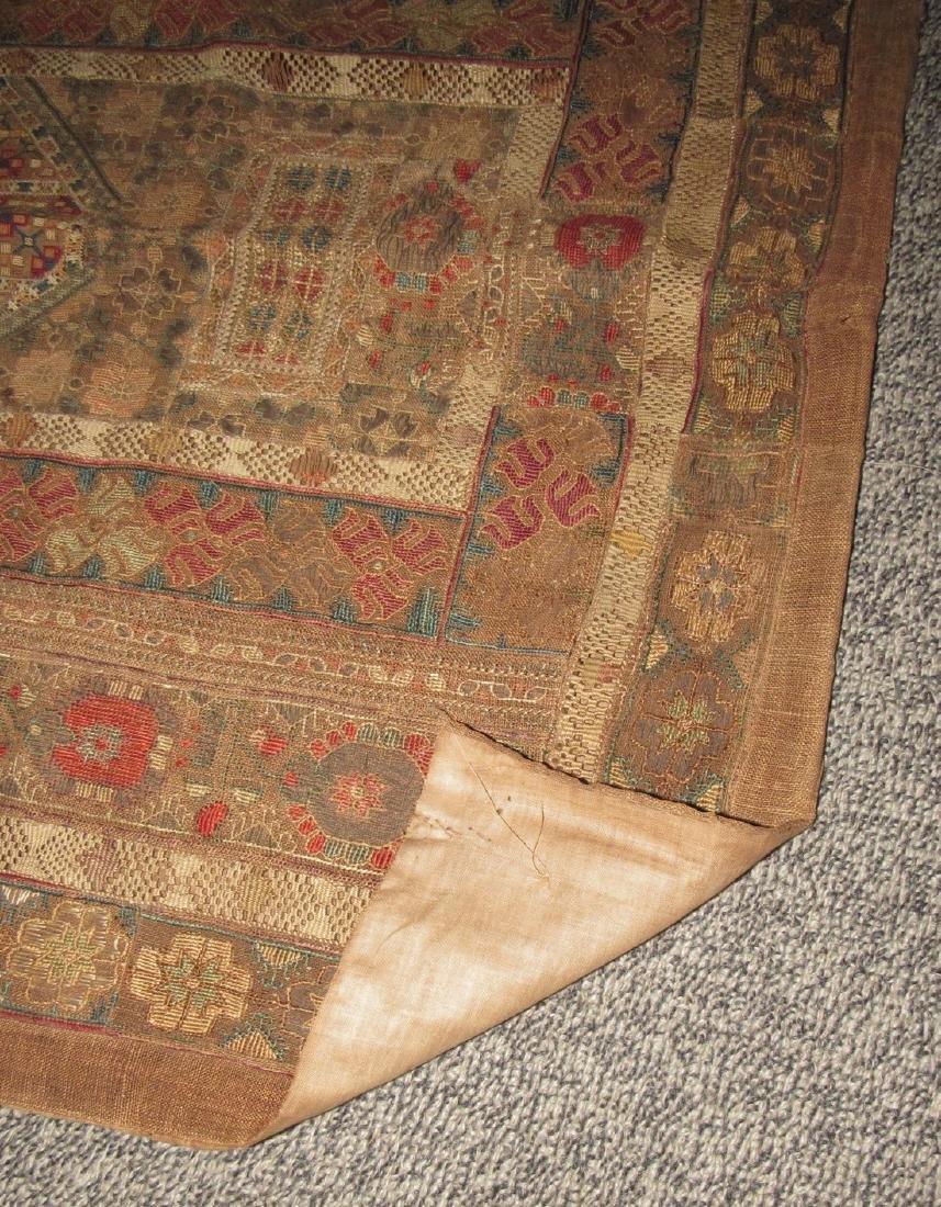 Tapestries & Runner - 3